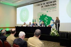 Necessidade de Carreira de Estado para médicos destacada no Fórum de Fronteira