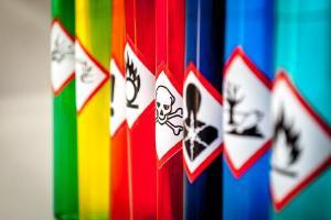 Seminário sobre atendimento a ocorrências com produtos perigosos