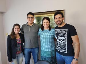 Médicos recebem carteira profissional em Umuarama