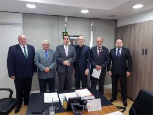 Ministério da Saúde formará grupo para discutir propostas dos médicos para melhorar a assistência