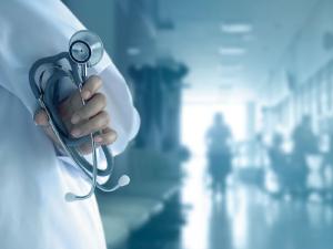 CFM reitera que Brasil tem médicos suficientes para atender o País