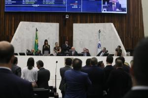 Deputados aprovam projeto que amplia ações de esclarecimento sobre o câncer