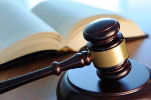 CRM-PR mantém desde novembro de 2017 serviço de orientação jurídica aos médicos
