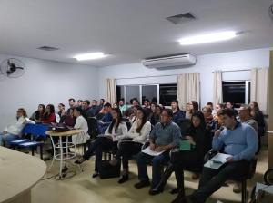 Projeto de Educação Médica do CRM-PR realiza palestra sobre prontuário médico em Paranavaí