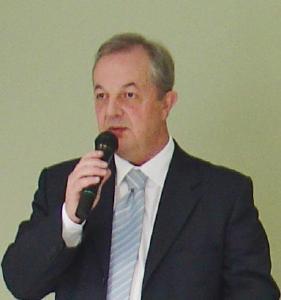 Arthur Leal Neto assume presidência da Fehospar