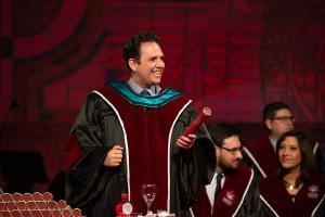 PUCPR confere diploma a 92 médicos no decorrer da semana