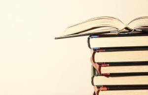 Novos livros disponíveis na biblioteca da sede do Conselho