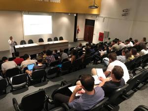 Simpósio de Nefrologia reúne 60 estudantes de Medicina