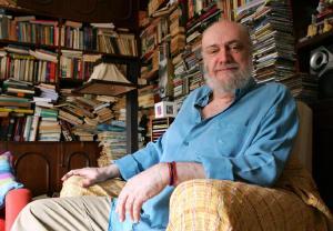 Pesar pela morte do compositor Aldir Blanc, vítima do coronavírus aos 73 anos