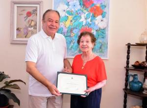 Diplomação de mérito ético alcança 10 médicos pioneiros de Maringá