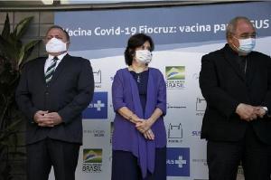 Fiocruz entrega ao PNI primeiro lote de vacinas Covid-19 e deve fechar semana com 1 milhão de doses