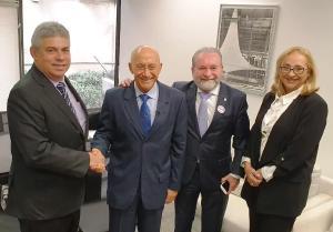 CFM manifesta apoio ao Programa Médicos pelo Brasil em audiência no Senado