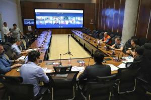 Ações de saúde e estrutura do Paraná são discutidas com prefeitos em nova videoconferência