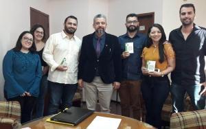 Delegacia Regional do CRM-PR em Foz do Iguaçu recebe novos médicos em reunião ética