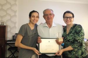 Dois médicos pioneiros de Assis Chateaubriand também recebem homenagem do CRM