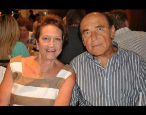 Pesar pelo falecimento do médico e professor Roberto Hyczy, também vítima da Covid