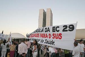 """Ato Público alerta para """"apagão da saúde"""""""