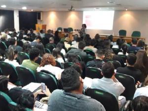 Educação Médica Continuada reúne 140 participantes em palestra na Associação Médica de Londrina