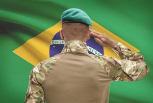 Estudantes de Medicina que anteciparam colação de grau deverão regularizar situação militar