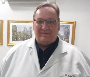 Pesar pelo falecimento do médico Raphael D'Amore Zardo, que tinha 54 anos e 28 de formado